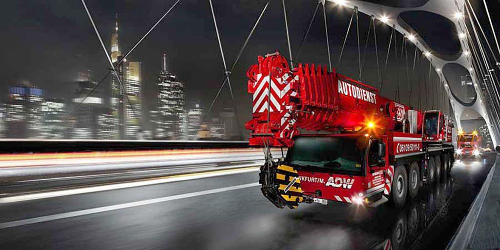 Autodienst-West-Frankfurt-Kran-Image