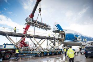 Verladung 39t Zylinder am Airport Frankfurt mit Autokran von ADW