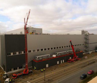Kranlogistik, Fassadenarbeiten, Montage mit Autodienst-West Frankfurt