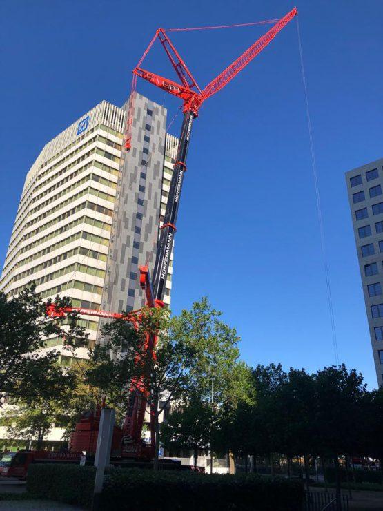 Krandienst Autodienst-West in Frankfurt - Kranarbeiten