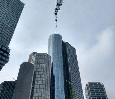Kranarbeiten Frankfurt - Mobilkran mieten von Autodienst West - Kran Rhein-Main