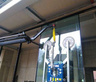 Saugbatterie mieten - Glasmontagekran - Glassauger - ADW Frankfurt