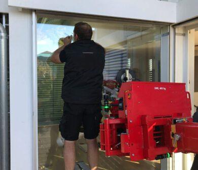 Scheibenmontage - Glasmontagegerät - Glasmanipulator - ADW Kran mieten